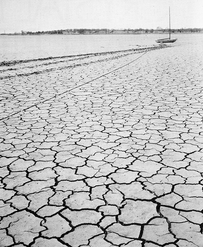 White Rock Lake near Dallas completely dried up during a devastating drought in 1955. Creative Commons photo.