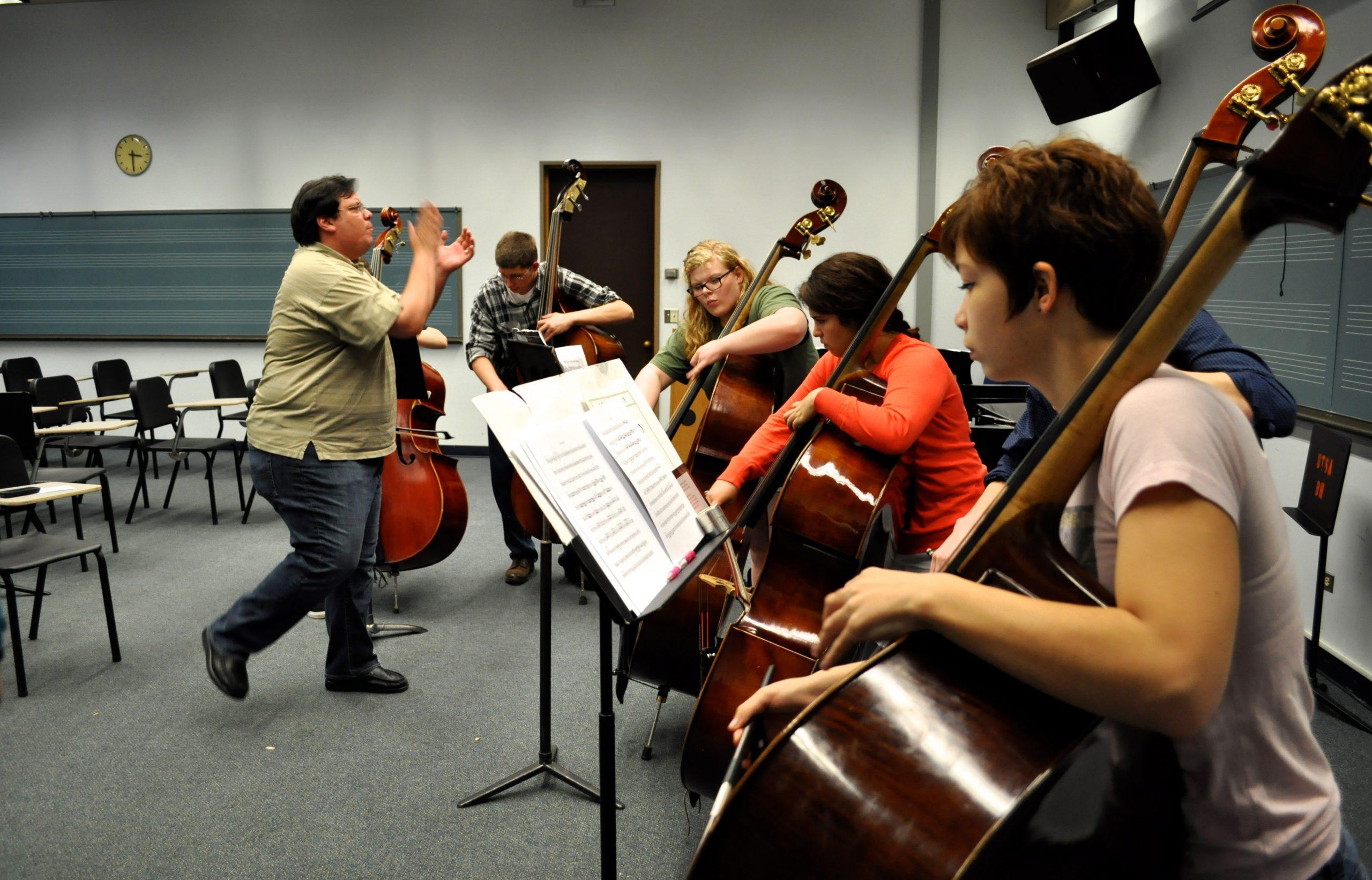 YOSA bassists rehearse at UTSA's main campus. Photo by Iris Dimmick.