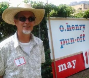 Mark Eells at the O. Henry Pun-Off in Austin. Photo by gary whitford