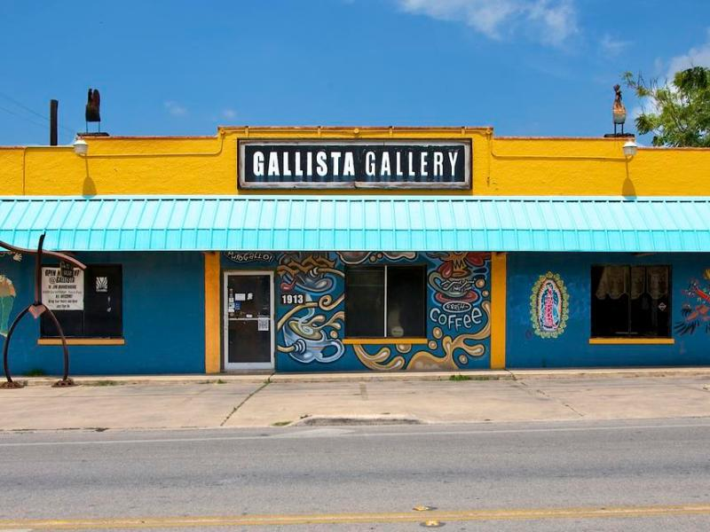 "The Gallista Gallery, ""Welcome to the other side of the tracks."" Photo courtesy of gallistagallery.com."