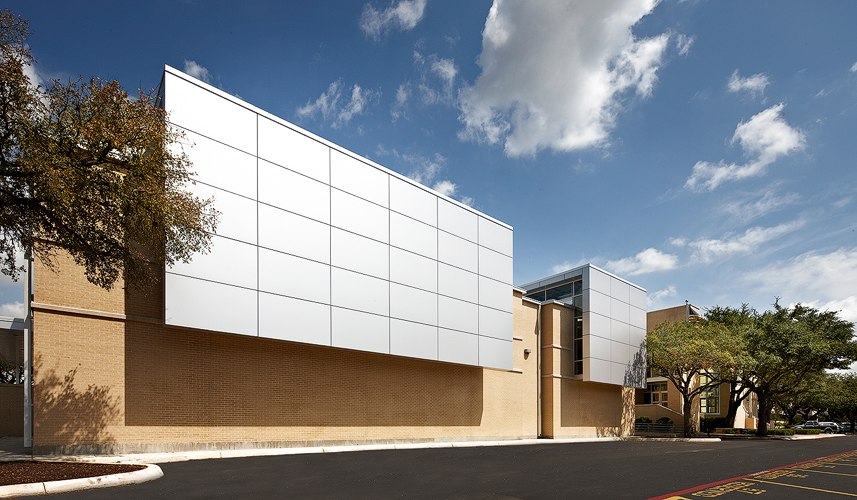 OCO Architect's Alamo Heights High School Fine Arts Facility. Completed in 2012, the project included 9,415 sq. ft. of renovations and a 13,632 sq. ft. addition.