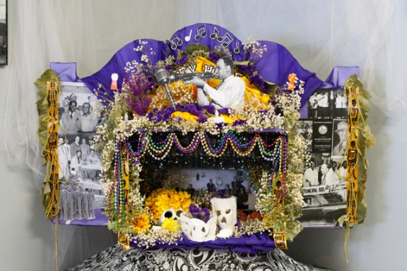 Dia De Los Muertos Altar for the former San Antonio Keyhole Club by artist Mary Agnes. Photo by Garrett Heath.