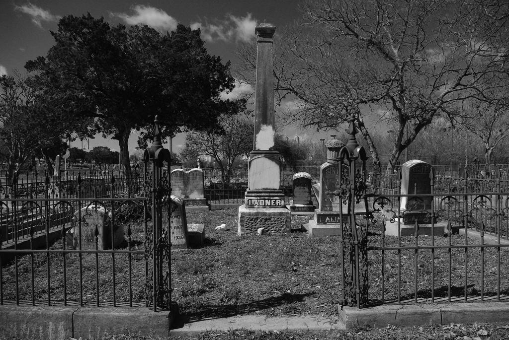A gated Eastside Cemetery plot. Photo by Juan Garcia.