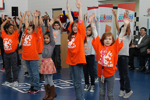 More than 150,000 elementary school students at the Corner Store's Go!Kids Challenge that encourages 60 minutes of daily exercise and drinking water. Photo courtesy of San Antonio Sports
