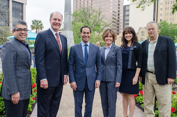 From left: San Antonio Parks and Recreation Director Xavier D. Urrutia, Southwest Airlines CEO Gary Kelly, Mayor Julián Castro, City Manager Sheryl Sculley, CCDO Director Lori Houston and Project for Public Spaces President Fred Kent pose for a photo during the Travis Park grand re-opening ceremony on March 31, 2014. Photo by David Rangel.