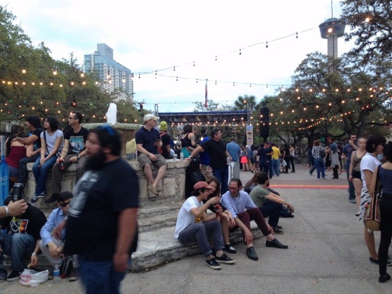 The plaza in La Villa Historic Arts Village begins to fill for Maverick Music Festival. Photo by Taylor Browning.