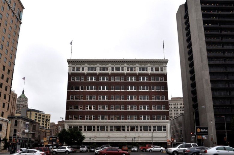 The Rand Building at Soledad and Houston Streets in downtown San Antonio. Photo by Iris Dimmick.