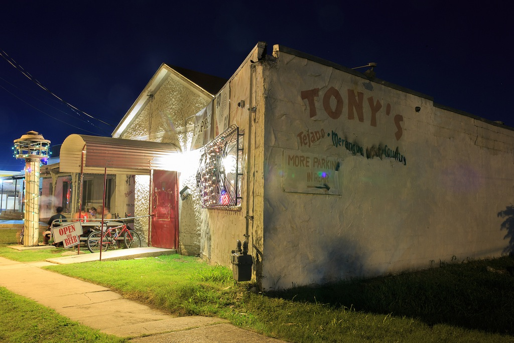 Tony's bar during Game Three of the NBA Finals on June 10, 2014. Photo by Scott Ball.