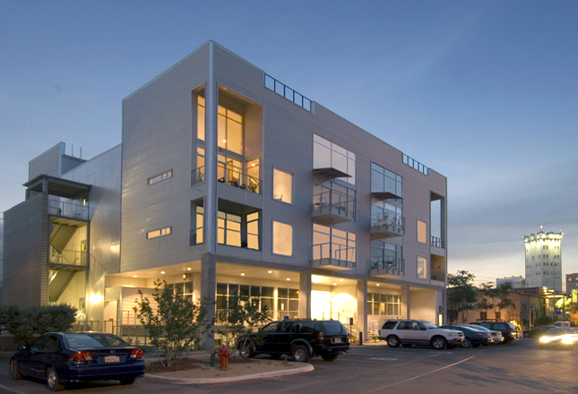 Blue Star Lofts exterior. Photo courtesy of Robey Architecture.