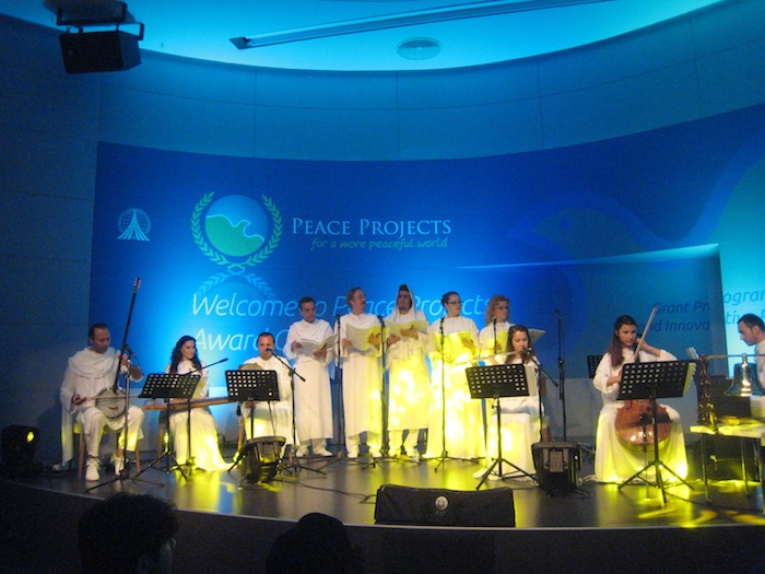 Izmir Intercultural Dialogue Center music for the Peace Projects Awards Ceremony at the Istanbul Summit. Photo by Martha Ann Kirk.