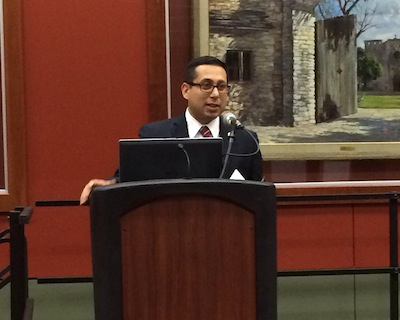 District 1 Councilmember Diego Bernal addresses more than 100 citizens gathered at the Alamo Plaza public input workshop. Photo by Katherine Nickas.