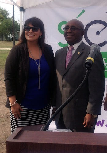 Monica Garza, director of Community Wellness for YMCA of Greater San Antonio, and District 2 Councilmember Keith Toney at the 2014 Síclovía announcement. Photo by Lily Casura.