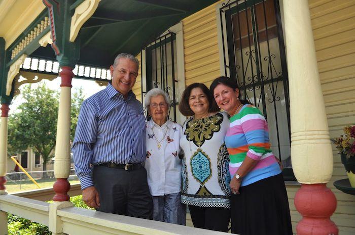 From left: Arthur Medina, Jr., Julia Medina, Claudia Medina, and Laura Medina Groniger at Julia's home in Lavaca. Photo by Iris Dimmick.