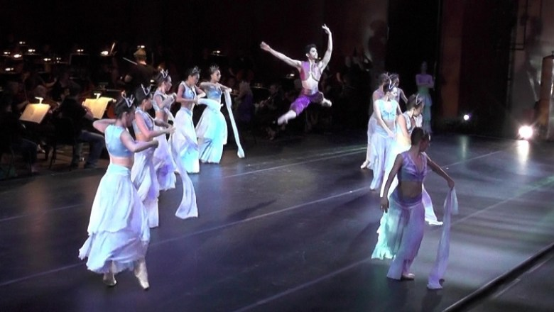 Ballet San Antonio performs the finale of Scheherazade. Photo by Page Graham.