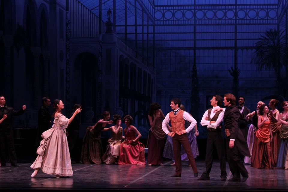 Lucy (Yanaylet Lopez) and Mina (Sarah Pautz) attend a ball to dance with suitors. Photo courtesy of Ballet San Antonio.