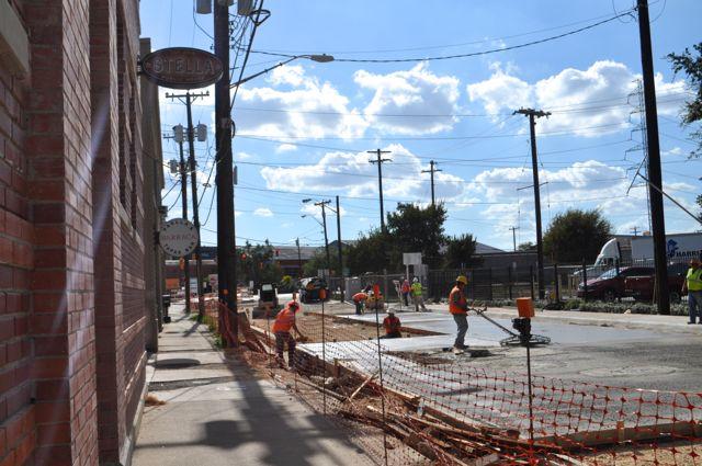 Construction on the South Alamo Street bridge on Oct. 6, 2014. Photo by Iris Dimmick.