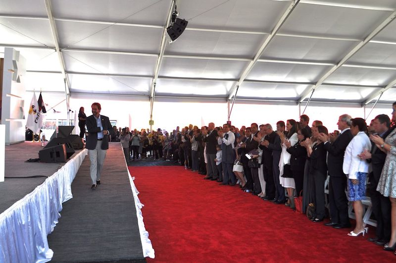 Creator and President of the Teletón Mexico Foundation Fernando Landeros receives a standing ovation during the grand opening ceremony of CRIT USA. Photo by Iris Dimmick.