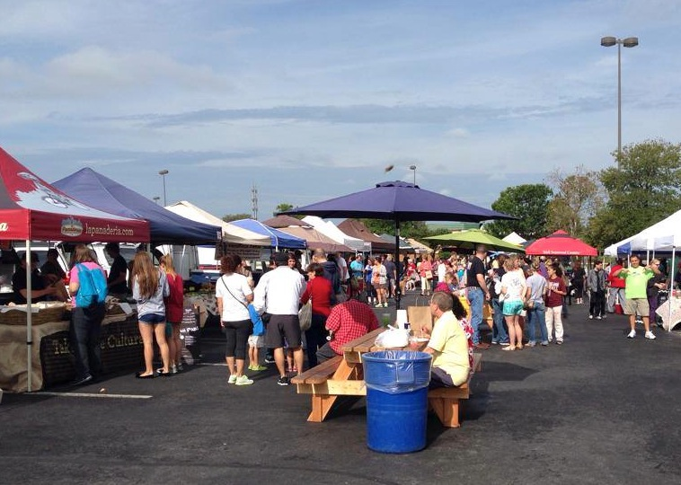 A busy day at the Quarry Farmers &Ranchers Market. Photo courtesy of Facebook. https://www.facebook.com/quarryfarmersmarket