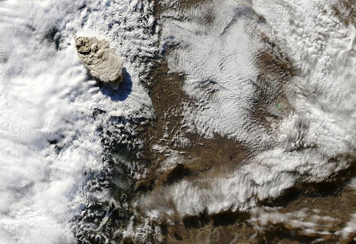 NASA Aqua satellite image of the eruption of Puyehue volcano, seen from low Earth orbit on June 4, 2011. (NASA)