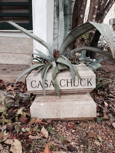 A marker denoting the Casa Chuck Arts Residency program at Sala Diaz. Image courtesy of Wendy Atwell.