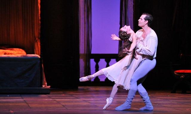 Yosvani Cortellan and Sally Turkel perform a pas de deux. Photo by Alexander Devora/courtesy Ballet San Antonio.