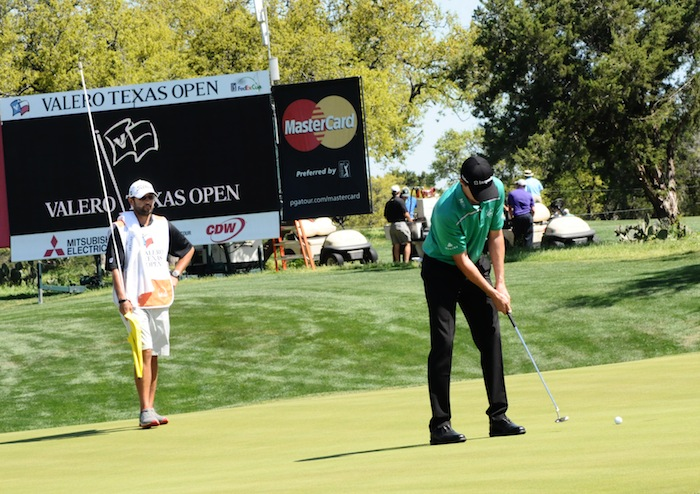 2015 Valero Texas open Champion putts for par during his final round of play. Photo by Kristian Jaime.