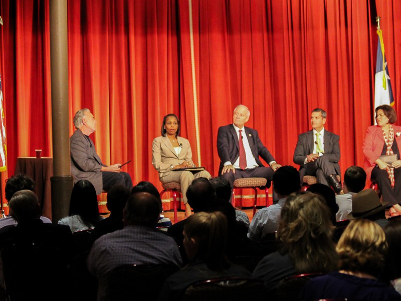Mayoral candidates moderator Robert Rivard (left) on stage during Pints & Politics II at the Pearl Stable. Photo by Andres Garcia.