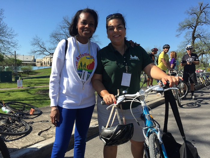 Mayor Ivy Taylor and Councilmember Rebecca Viagran (D3) at Roosevelt park for the Síclovía kickoff on March 29. Photo by Robert Rivard