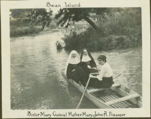 Superior and her fellow Sisters enjoying the San Antonio River at its headwaters circa 1910. Photo courtesy Headwaters at Incarnate Word, Inc.