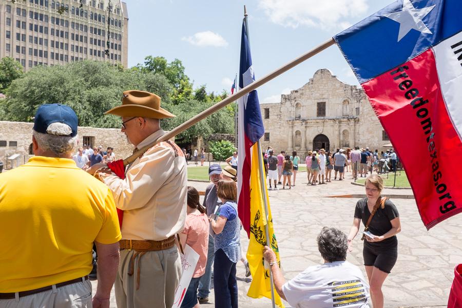 A scene on Alamo Plaza. Photo by Scott Ball.