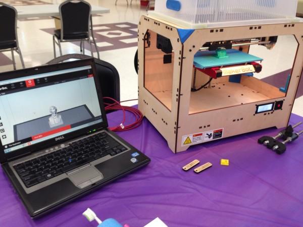 Make San Antonio's 3D Printer for Floresville's Wilson County Maker Faire. Image courtesy of Jennifer Herrera and Wilson County Maker Faire.