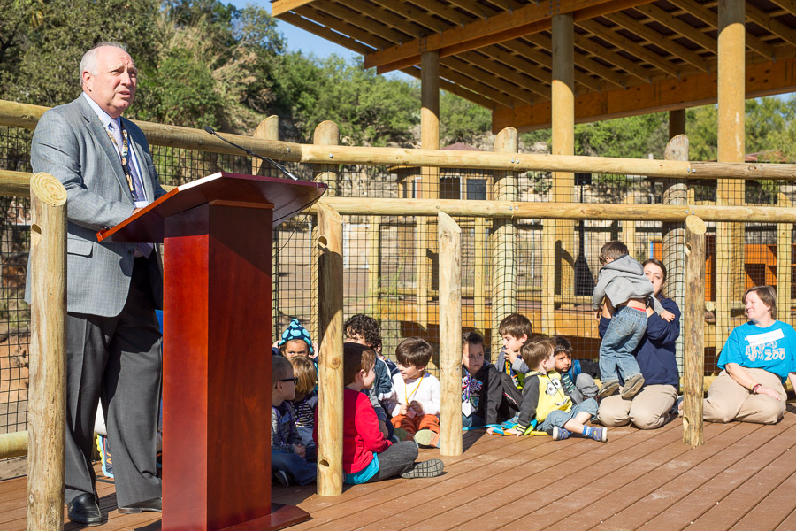 Chris Bathie, President of the San Antonio Zoological Society speaks during the media press conference for giraffes. Photo by Scott Ball.