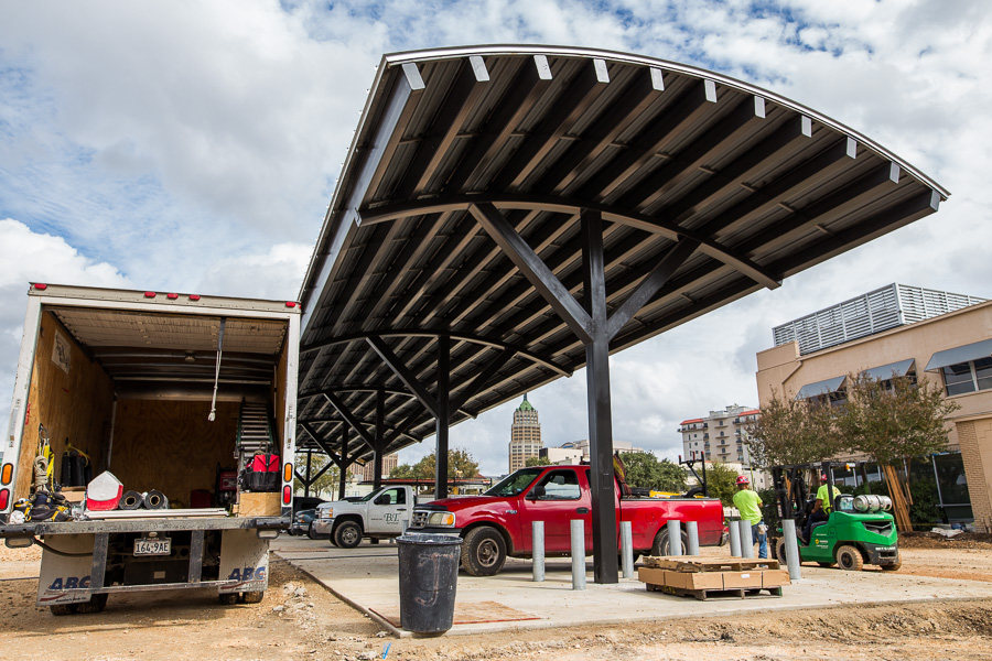 The future home of the 8 bay gas station at H-E-B South Flores Market. Photo by Scott Ball.