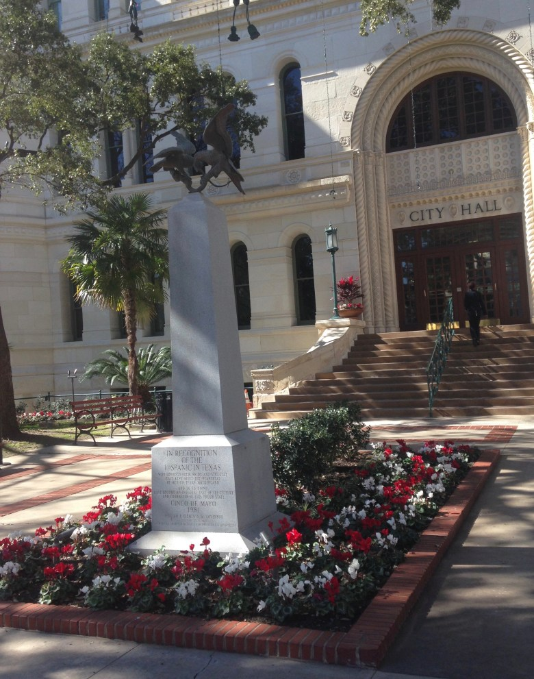 Cyclamen and boxwoods adorn San Antonio City Hall.  How about some natives?  Photo by Monika Maeckle