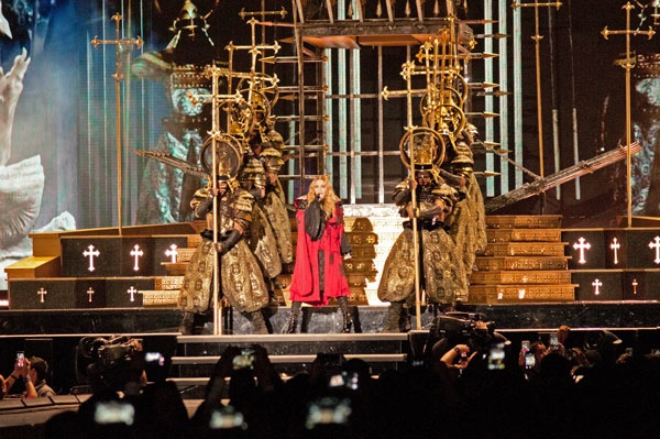 The Queen of Pop makes theatrics a big part of her show.