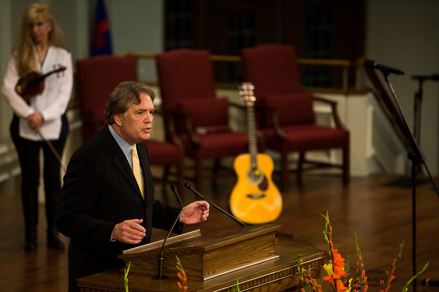 Senior Pastor Dr. D. Leslie Hollon gives opening remarks speaking to the legacy of Buckner Fanning. Photo by Scott Ball.