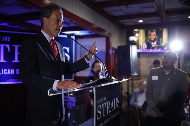 Texas House Speaker Joe Straus delivers his victory speech. Photo by Scott Ball.