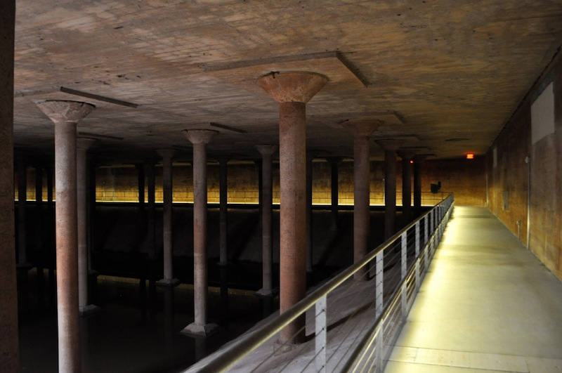 The Water Works building and park surrounds a 1927 underground cistern, the City of Houston's first underground drinking-water reservoir. Photo by Iris Dimmick.