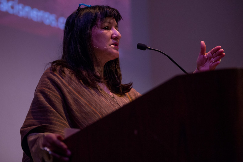 Sandra Cisneros addresses the audience during her book signing luncheon. Photo by Scott Ball.