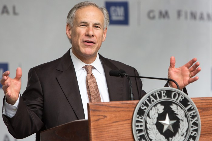 Governor Greg Abbott speaks to the expansion of job growth in the state of Texas. Photo by Scott Ball.