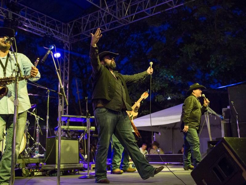 Eddie Gonzalez y Grupo Natural perform on the Bud Light KXTN 107.5 Tejano stage. Photo by Scott Ball.