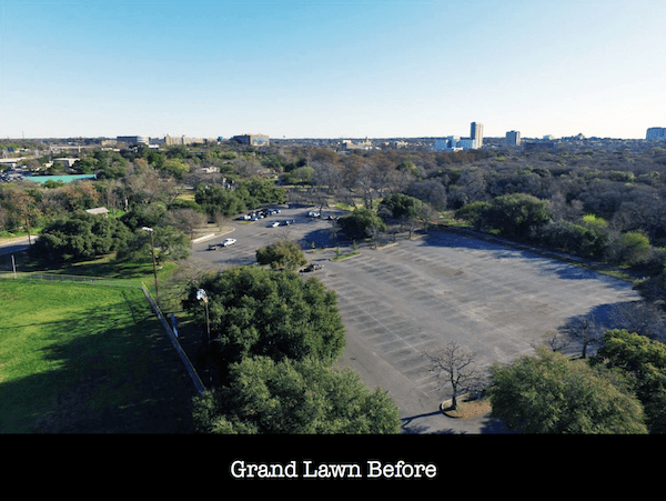 The current parking lot where the proposed grand lawn will be placed. Courtesy of Brackenridge Park Conservancy.