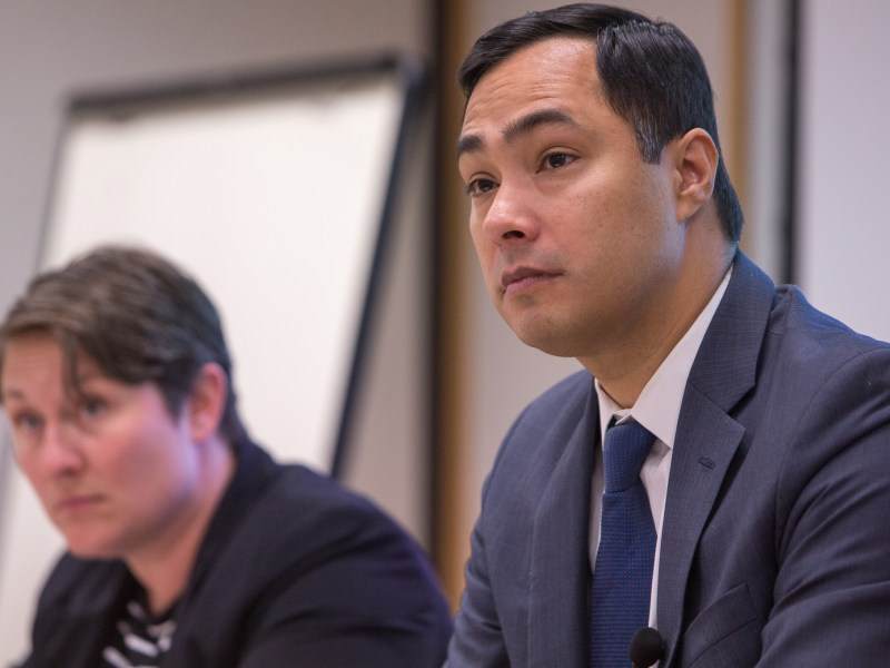 Congressman Joaquín Castro (D20) turns his attention to questions posed by attendees. Photo by Scott Ball.