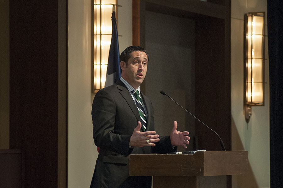 Texas State Comptroller Glenn Hegar discussed the Texas economy with members of the National Association of Insurance and Financial Advisors. Photo from Creative Commons by Texas Comptroller.
