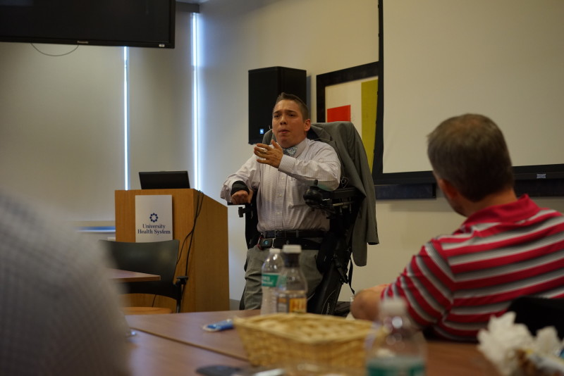 Archer Hadley speaking to the LSA 41 class. Photo by Larry Servin.