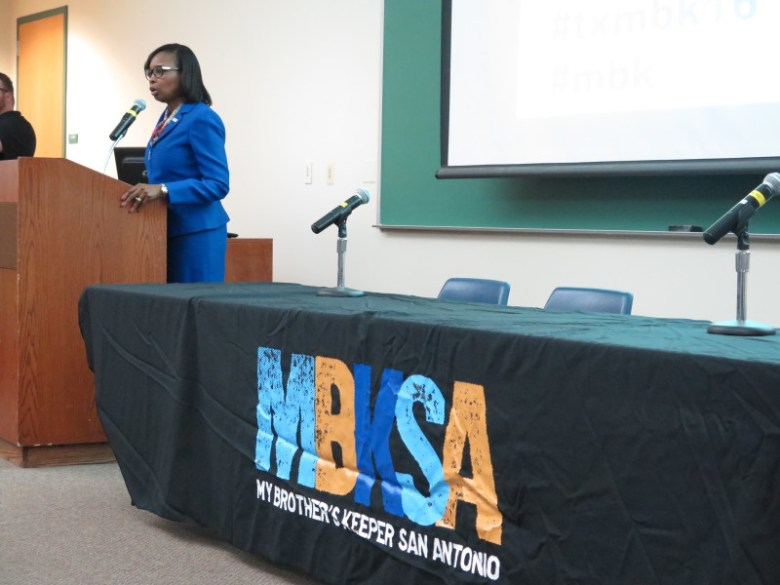 Mayor Ivy Taylor speaks about the San Antonio programs spearheading the MBK Initiative. Photo by Rocío Guenther.