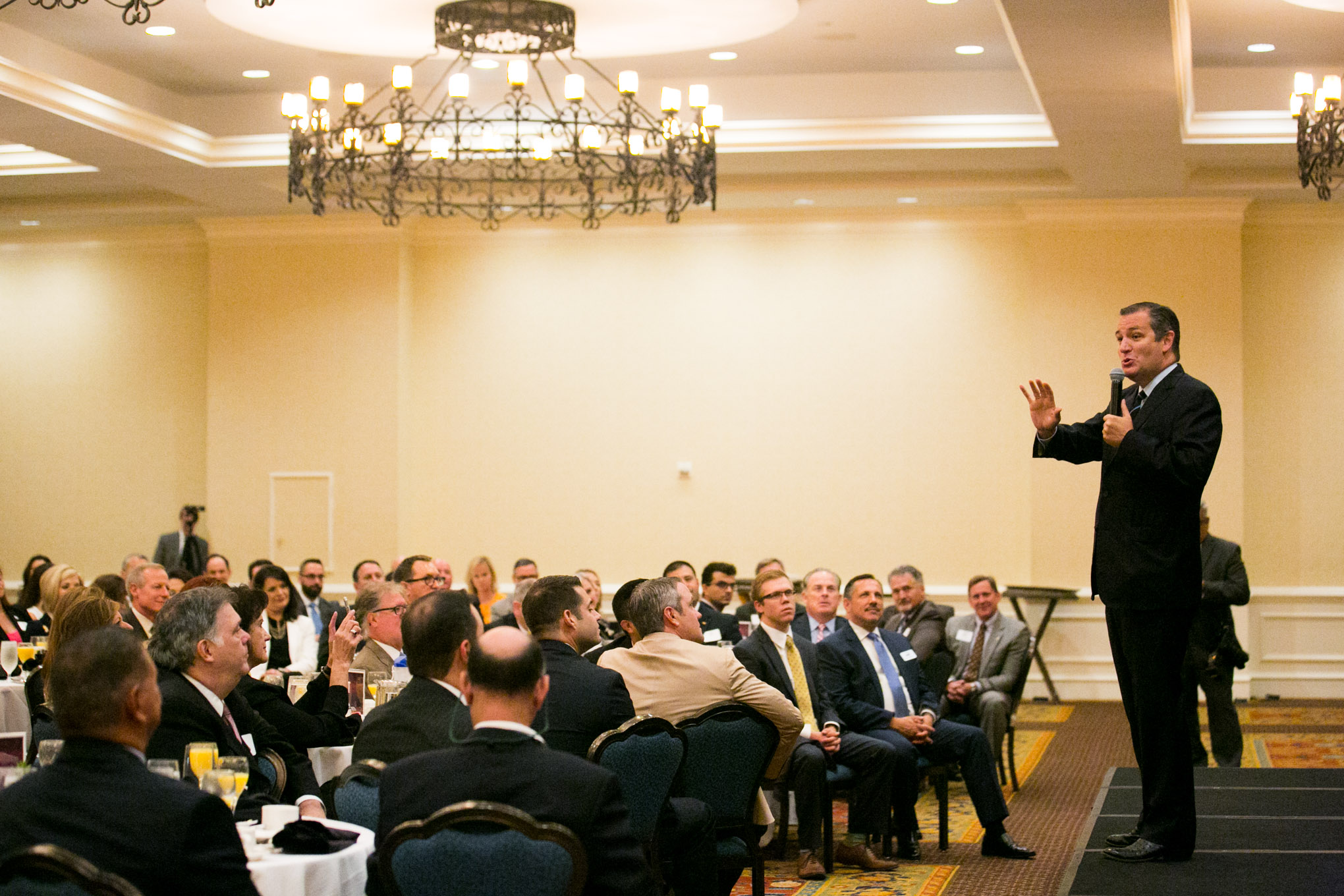 U.S. Sen. Ted Cruz speaks at the 2016 Congressional Series breakfast. Photo by Kathryn Boyd-Batstone.