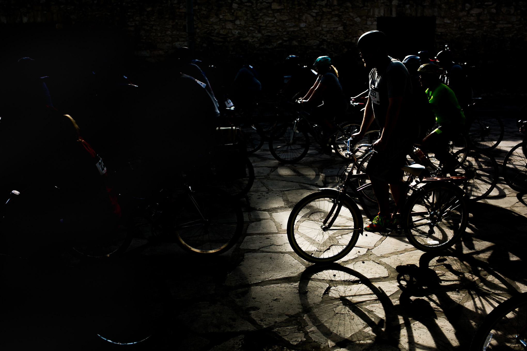 Hundreds of bikers take off for the 22 or 14-mile bike tour of the Missions. Photo by Kathryn Boyd-Batstone.