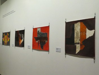 Art pieces by Raul Gonzalez focus on themes of immigration and construction work. Photo by Rocío Guenther.