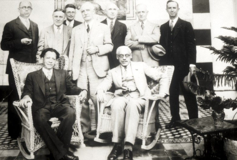 Urrutia (seated at left) with AIA president Robert D. Kohn, during their visit to San Antonio in 1931. The author would be pleased for any assistance in identifying the other architects in the photograph. Photo courtesy of Urrutia Photo Collection.